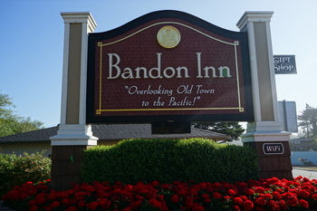 Entrance sign- Welcome to the Bandon Inn!